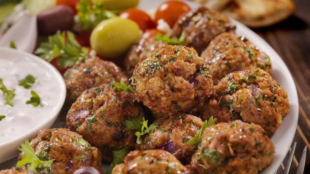 jela koja ne smete propustiti u Grčkoj - keftedes