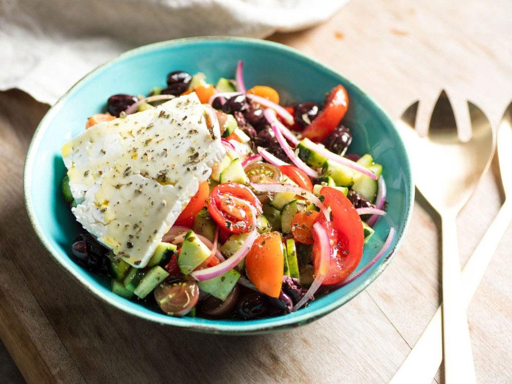 koja jela ne smete propustiti u grčkoj - tradicionalna grčka salata