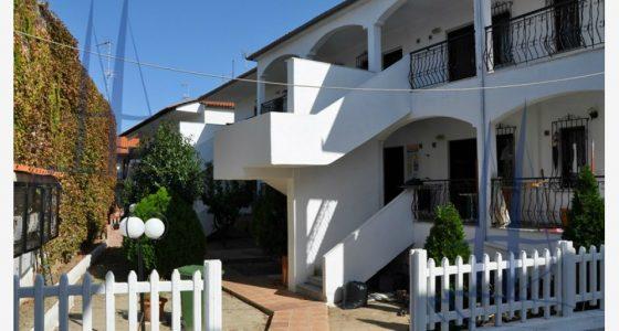 Vila Lambros